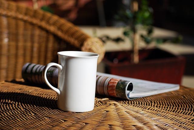 端反りのマグカップの一例の画像