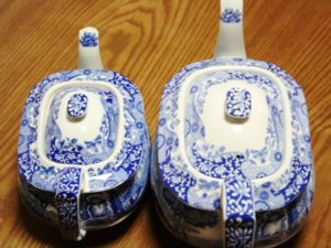 イギリス本国製と中国製のポットの違いの画像
