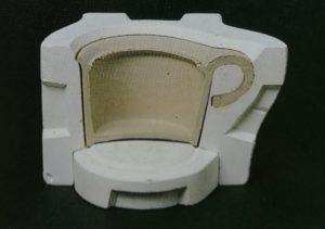マグカップのカタチの石膏型