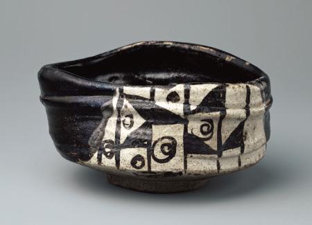 奇ばつなカタチの抹茶碗の例の画像