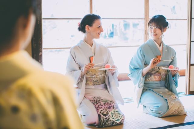 季節を楽しむ茶会の画像