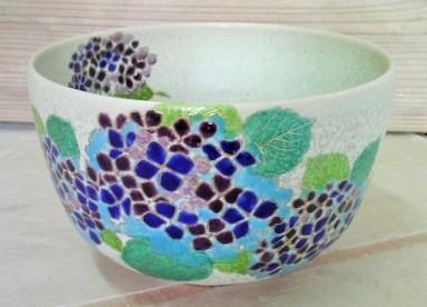 あじさいの抹茶碗の画像