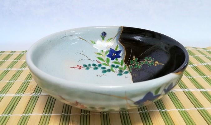 秋草の絵柄の夏茶碗の画像