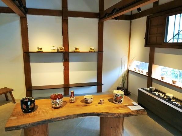朝日堂ギャラリー蔵での展示会の画像