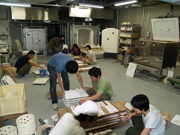 京都市工業試験場の授業風景の画像