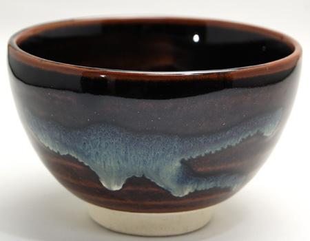 瀬戸焼抹茶碗の正面の画像