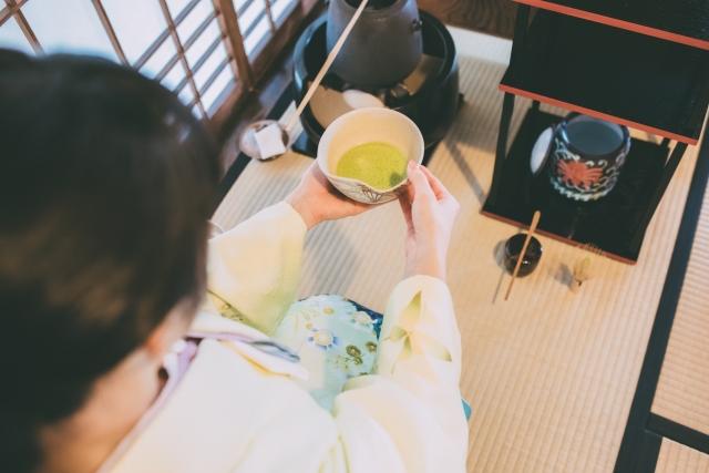 決まりごとの厳しい茶道の画像