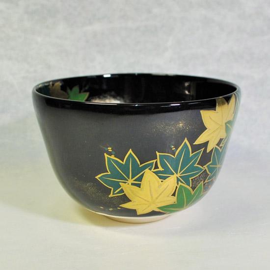 抹茶碗黒釉若楓にカワセミの左側の絵の画像