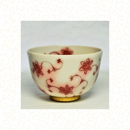 抹茶碗金彩釉裏紅唐草イメージ画像