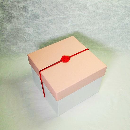 ギフトボックス紙箱(のし無し)の画像